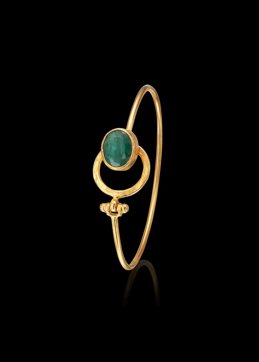 KYBRA bracelet with Emerald