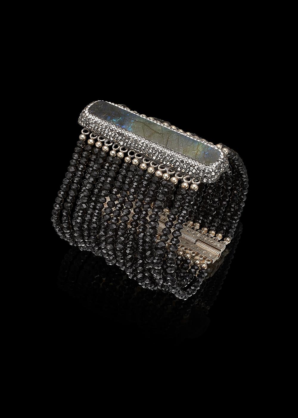 TACOMA bracelet with Black Onyx, Labradorite and Swarowski Crystals